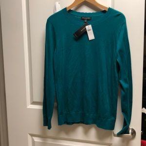 Green Banana Republic sweater size L  brand new